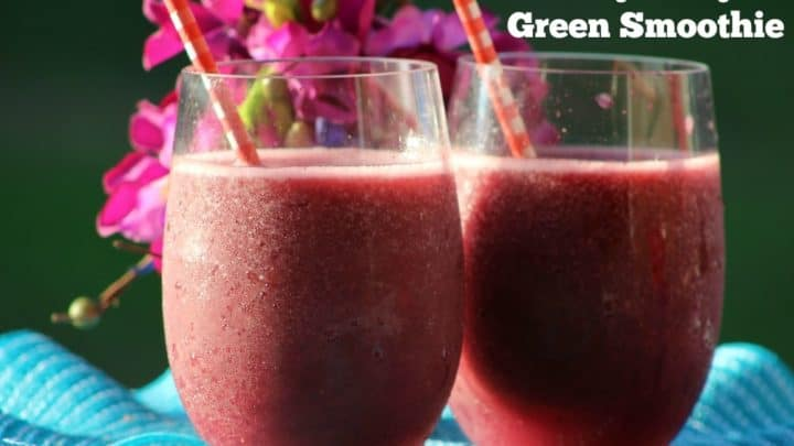 Easy Berry Green Smoothie