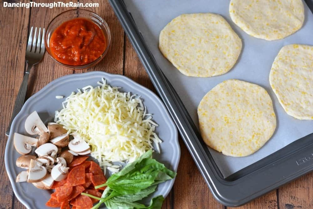 Ingredients for homemade pizza pockets