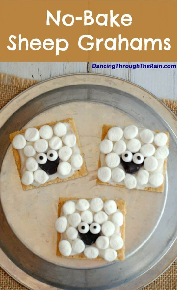 When you're in a pinch, no-bake desserts can be the solution! These No-Bake Sheep Grahams are super easy and fun to make! #snacks #school #nobake