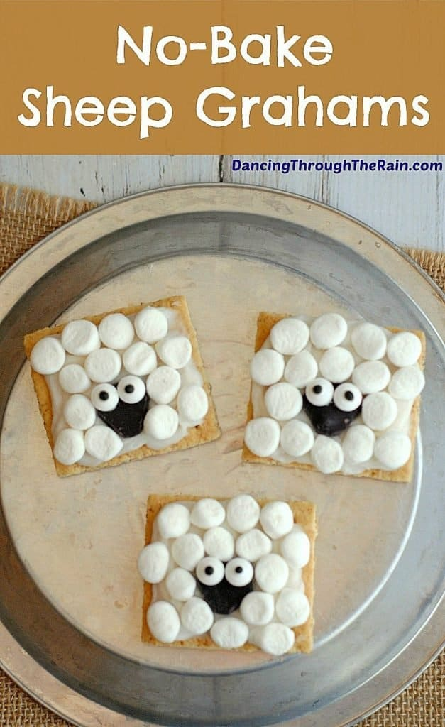 When you're in a pinch, no-bake desserts can be the solution! These No-Bake Sheep Grahams are super easy and fun to make!