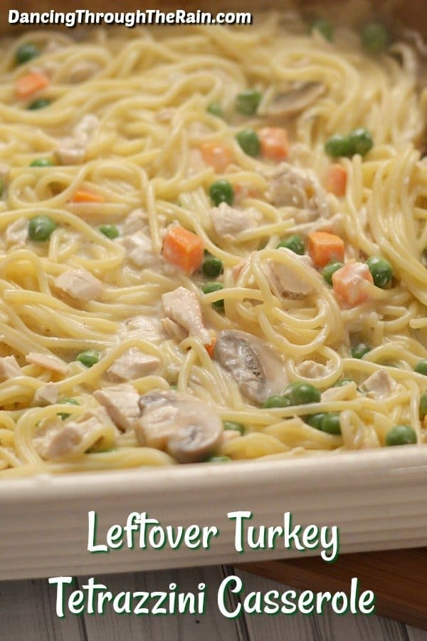 When looking for leftover turkey recipes easy is key! With fall upon us, leftover Thanksgiving recipes become something we all hunt for, so look no further than this tasty tetrazzini casserole! It's the perfect way to use up that leftover turkey! #turkey #casserole #leftovers #dinner #thanksgiving