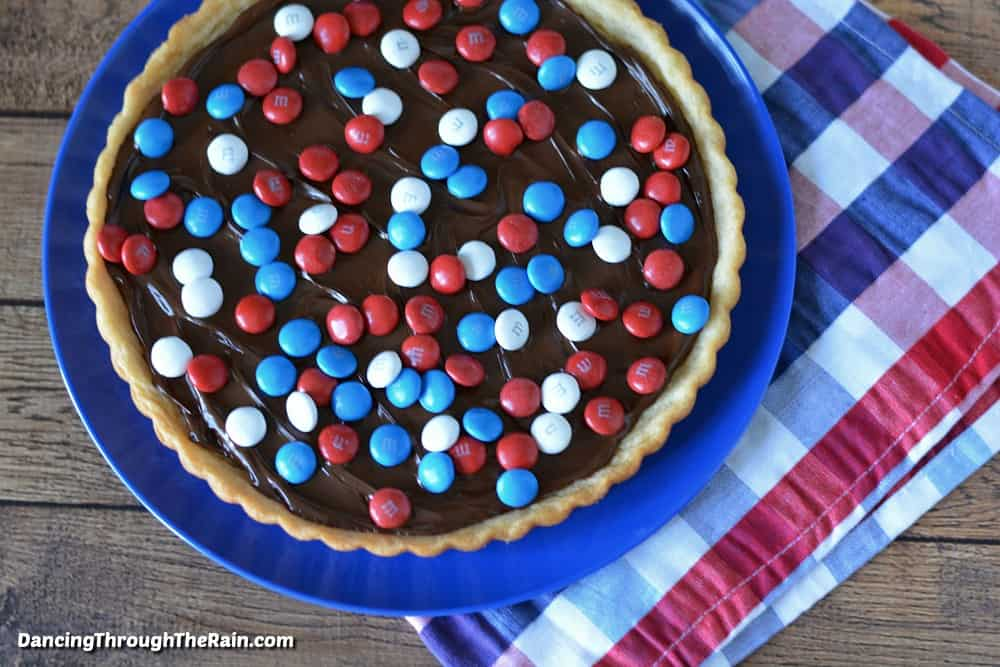 Red white and blue cookie tart