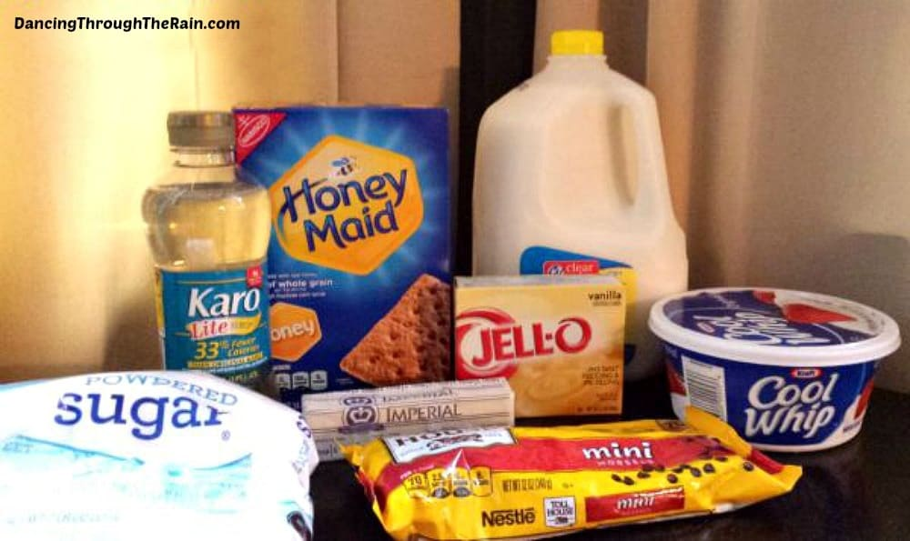 Ingredients for Peanut Butter Chocolate Eclair Cake