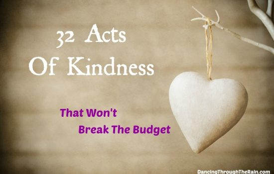 32 Random Acts Of Kindness That Won't Break The Budget