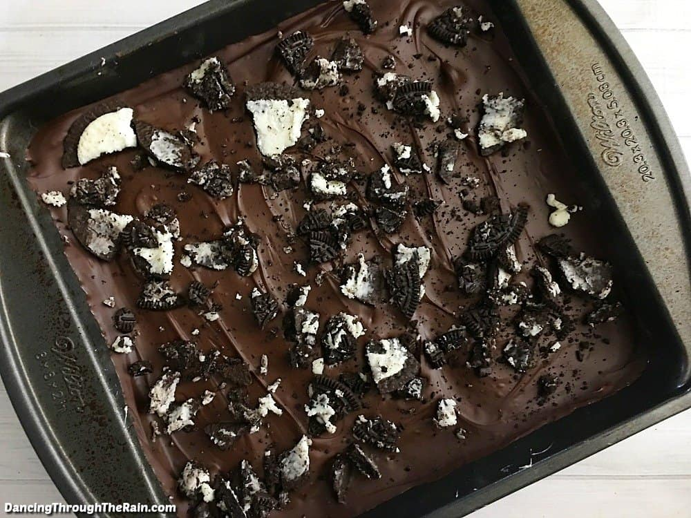 Oreo Krispie Treats in a pan