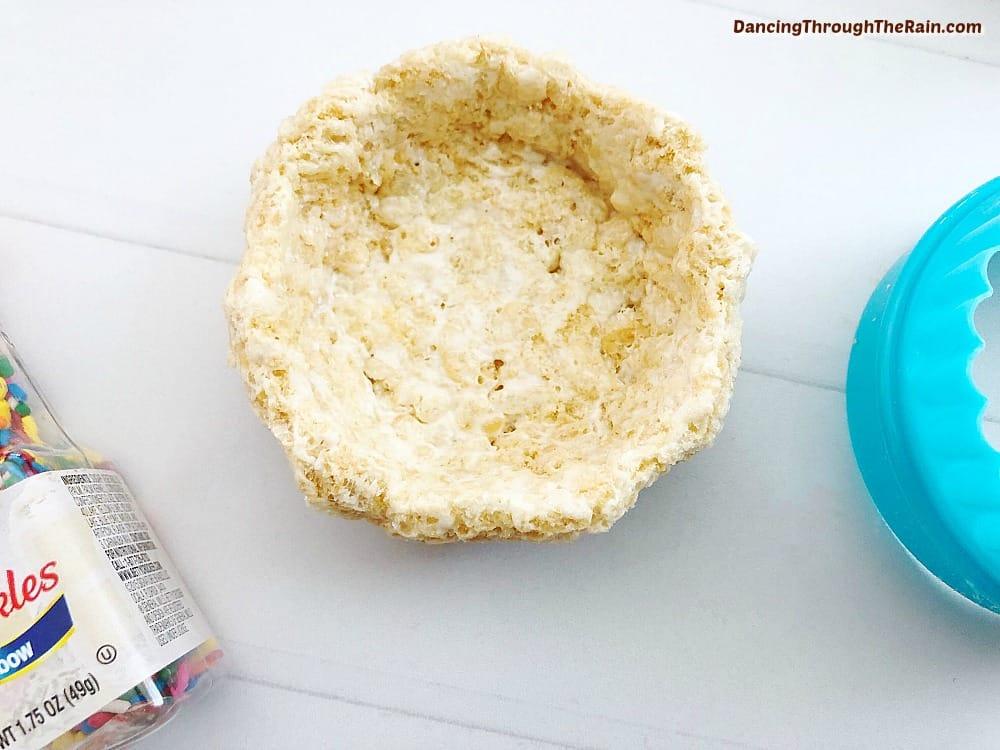 Rice Krispies circle molded into a cup shape