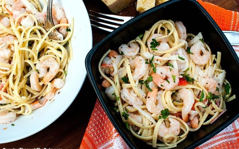 Seafood Lemon Garlic Pasta in a black bowl