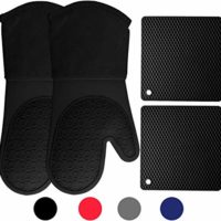 Homwe Silicone Oven Mitts and Potholders (4-Piece Sets), Kitchen Counter Safe Trivet Mats   Advanced Heat Resistant Oven Mitt, Non-Slip Textured Grip Pot Holders(Black)